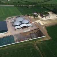 Ferme_de_production_de_gaz_méthane._Argentan,_avril_2020_.jpg