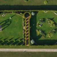 Mémorial_de_Caen_les_jardins_du_Souvenir_-_Photo_François_Monier_-_Septième_Ciel_Images_(32).jpg